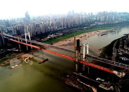 世界最大跨度自锚式悬索桥合龙